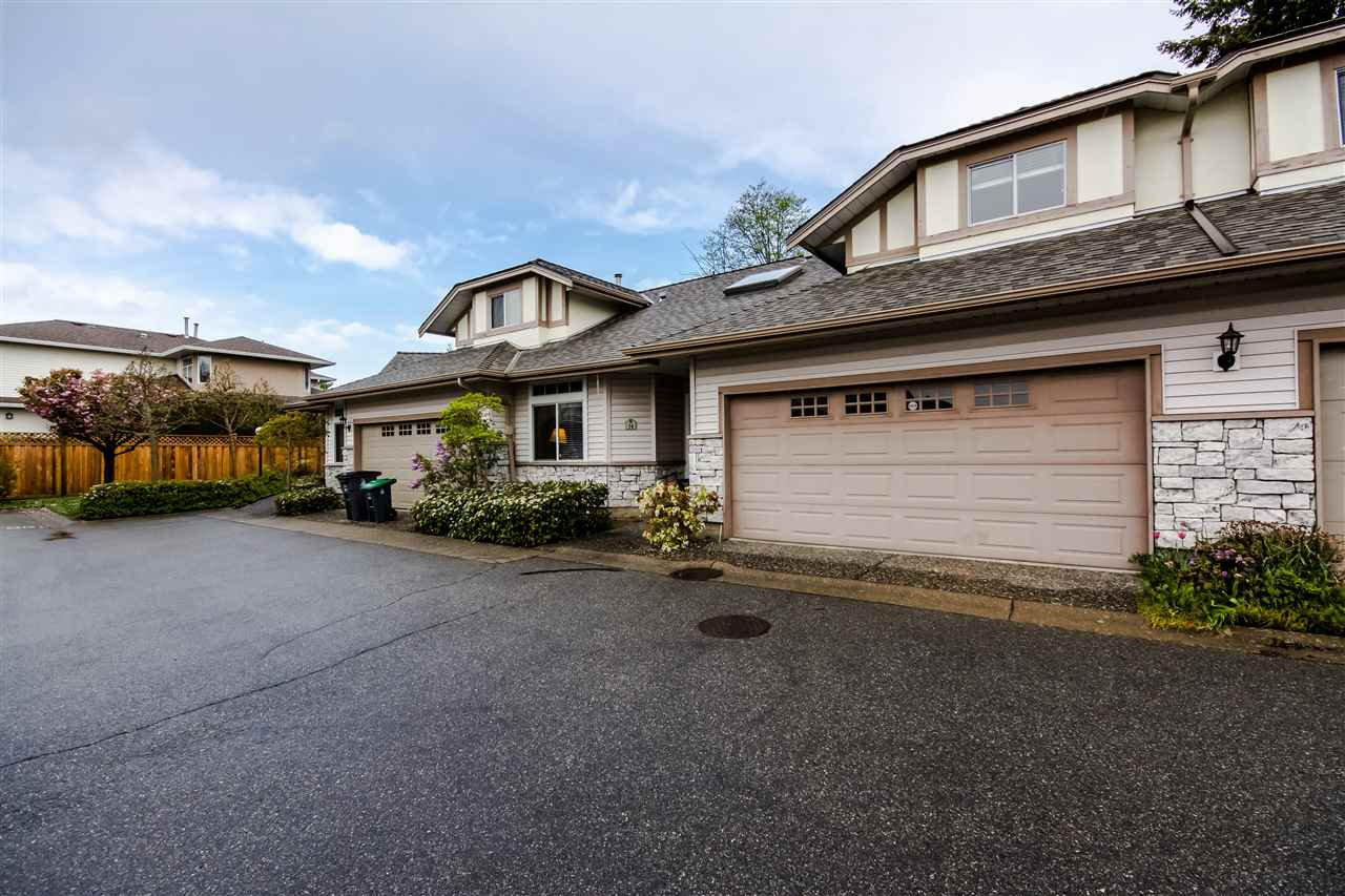 "Main Photo: 14 16325 82 Avenue in Surrey: Fleetwood Tynehead Townhouse for sale in ""HAMPTON WOODS"" : MLS®# R2057996"