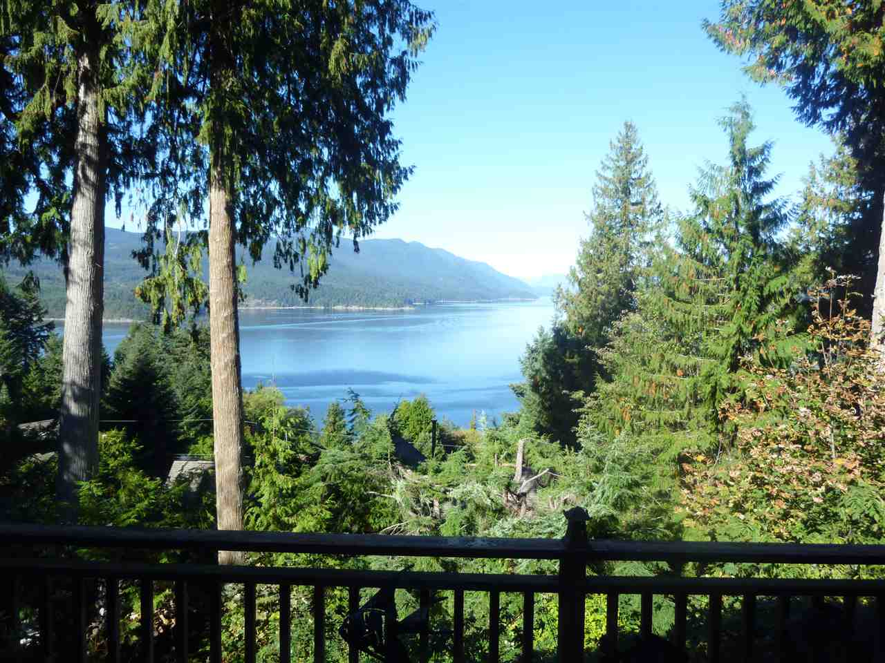 Photo 2:  in Sechelt: Sechelt District House for sale (Sunshine Coast)  : MLS(r) # R2118567