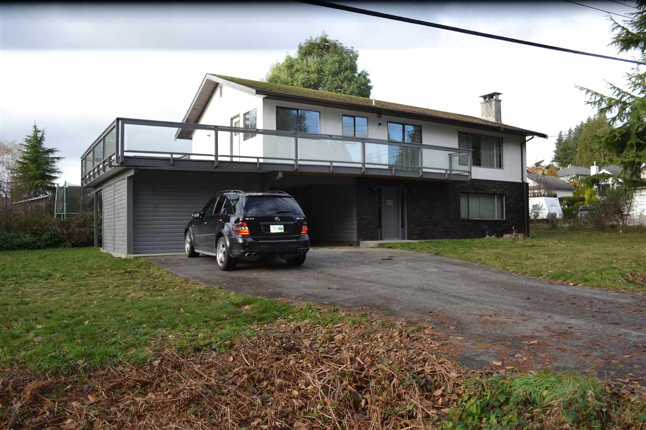 Main Photo: 5487 MILLS Road in Sechelt: Sechelt District House for sale (Sunshine Coast)  : MLS® # R2127951