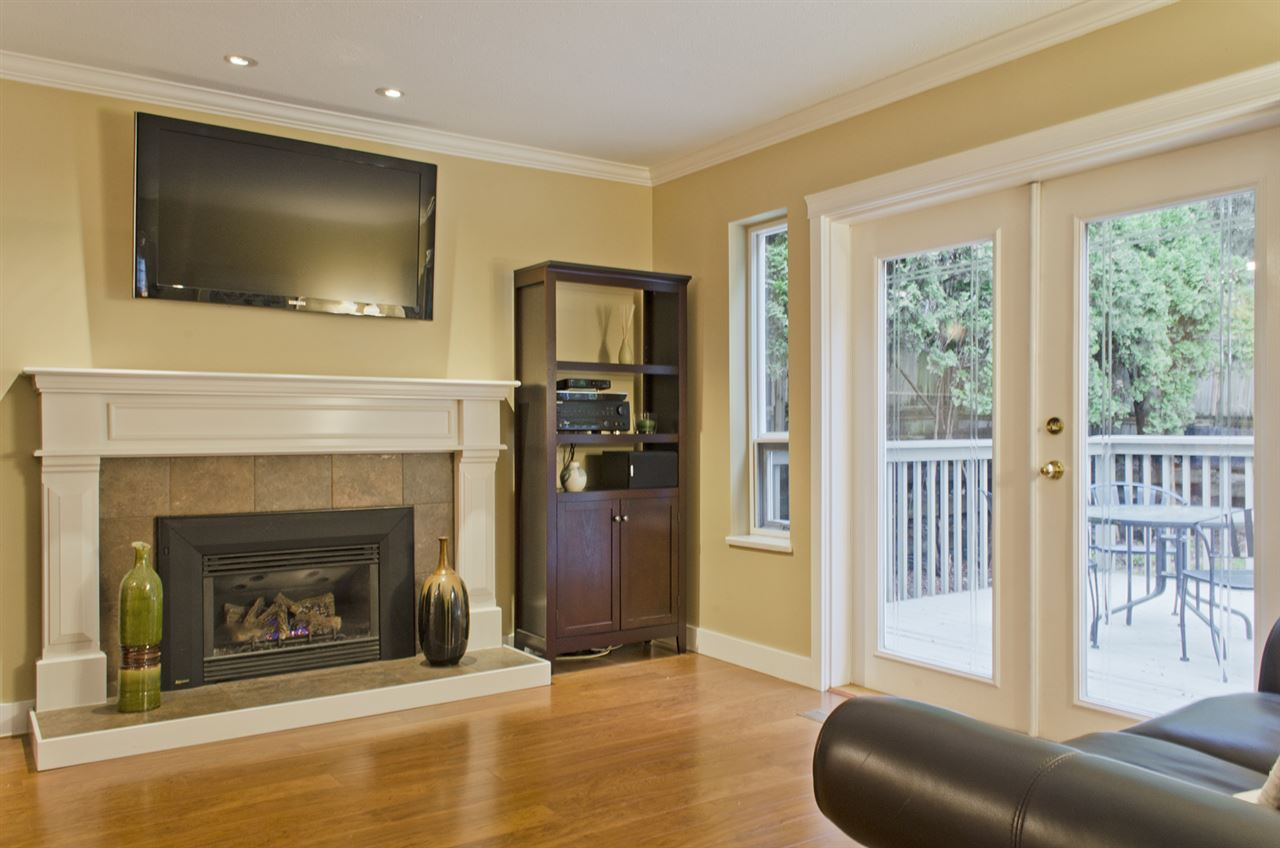 Photo 9: 285 SOLAR Court in Coquitlam: Coquitlam East House for sale : MLS® # R2129121