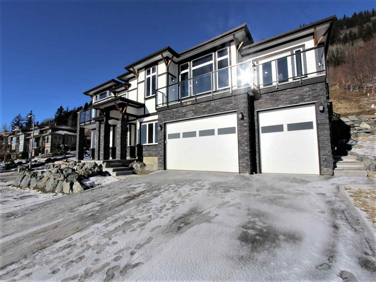 "Photo 2: 36505 FLORENCE Drive in Abbotsford: Abbotsford East House for sale in ""FALCON RIDGE"" : MLS® # R2130940"