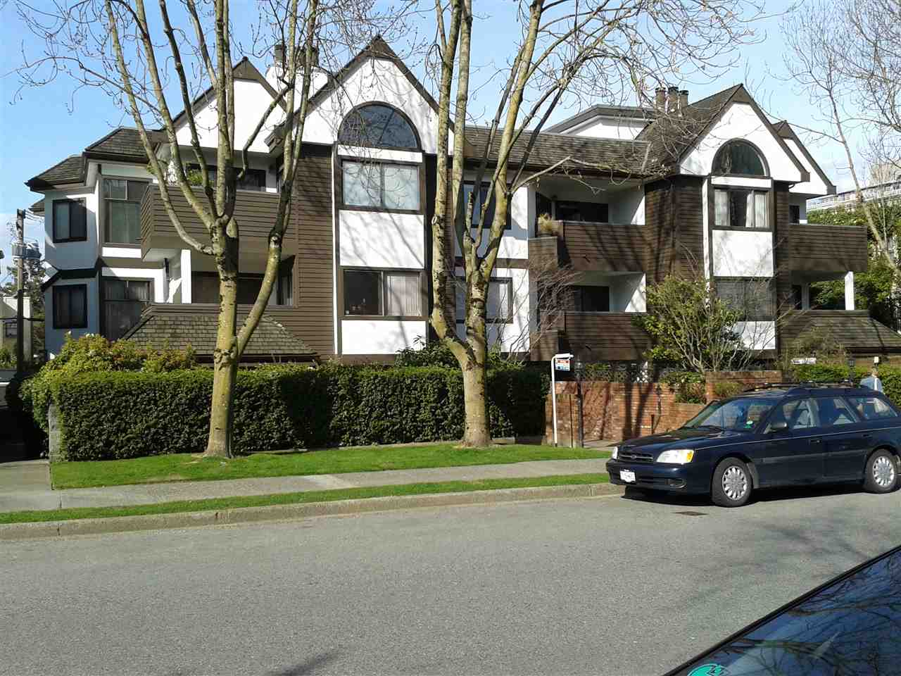 "Photo 19: 102 1633 W 11TH Avenue in Vancouver: Fairview VW Condo for sale in ""DORCHESTER PLACE"" (Vancouver West)  : MLS(r) # R2136789"