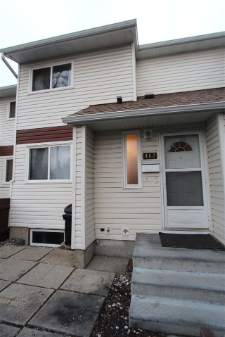 Main Photo: 462 CLAREVIEW Road in Edmonton: Zone 35 Townhouse for sale : MLS(r) # E4051715