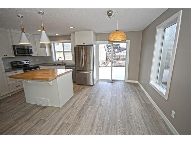 Photo 6: 20 ALCOCK Street: Okotoks House for sale : MLS(r) # C4104767
