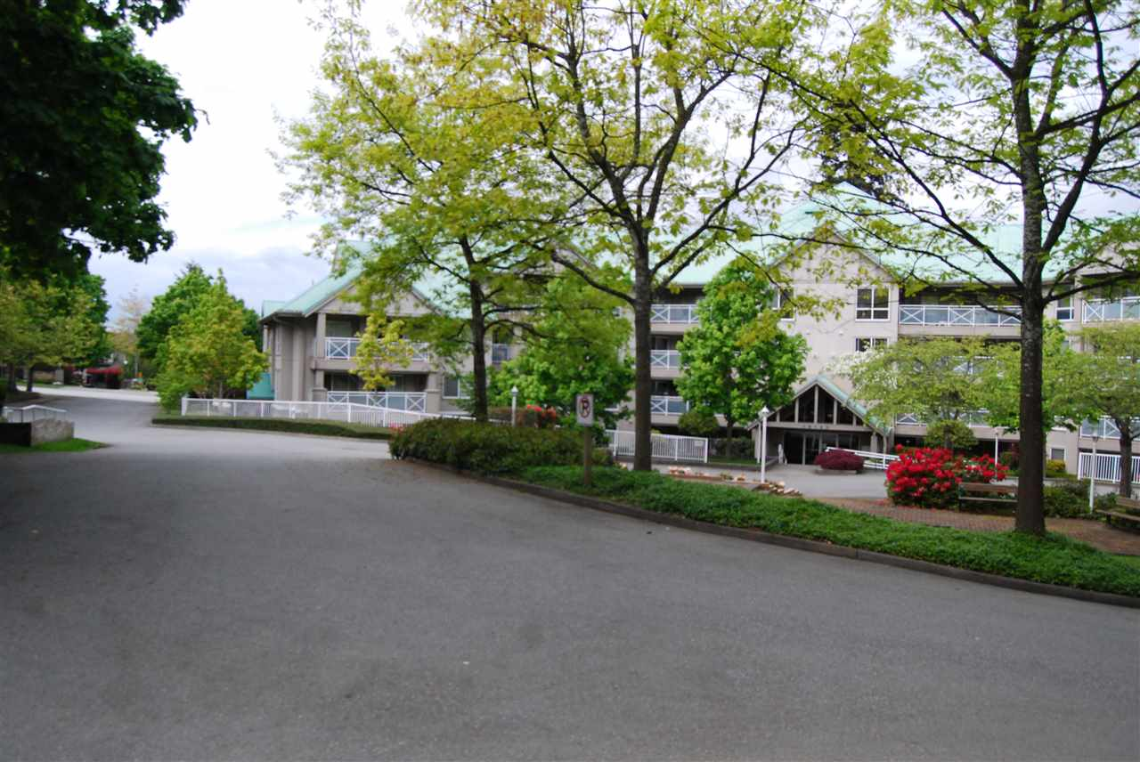 "Photo 18: 104 15140 29A Avenue in Surrey: King George Corridor Condo for sale in ""THE SANDS"" (South Surrey White Rock)  : MLS(r) # R2167278"