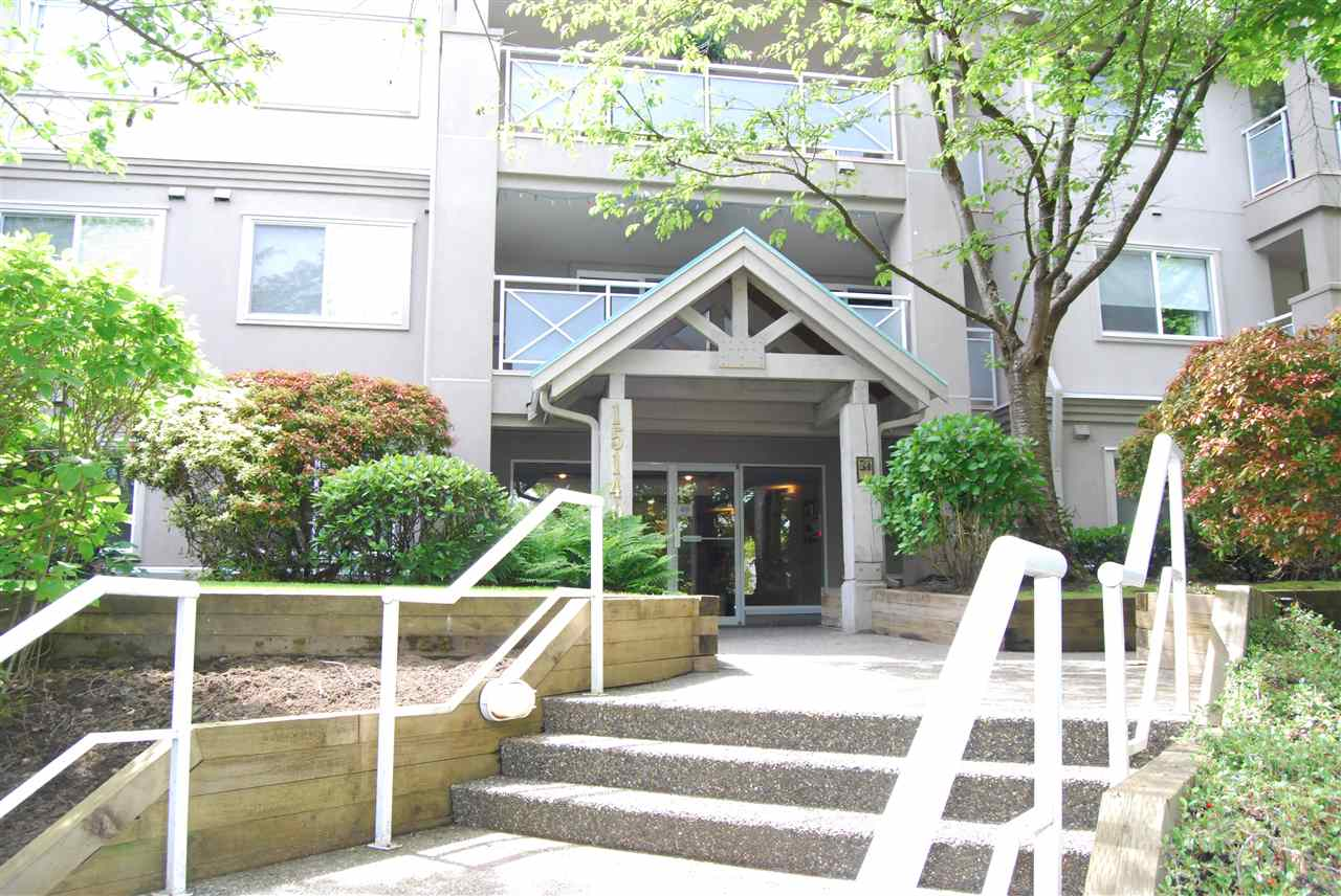 "Photo 1: 104 15140 29A Avenue in Surrey: King George Corridor Condo for sale in ""THE SANDS"" (South Surrey White Rock)  : MLS(r) # R2167278"
