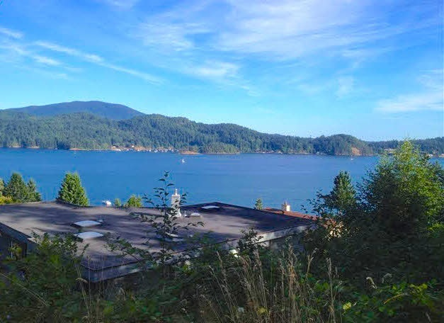 Main Photo: Lot 1 ELPHINSTONE Avenue in Gibsons: Gibsons & Area Home for sale (Sunshine Coast)  : MLS® # R2167980