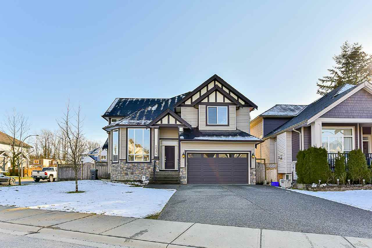 FEATURED LISTING: 20334 98A Avenue Langley