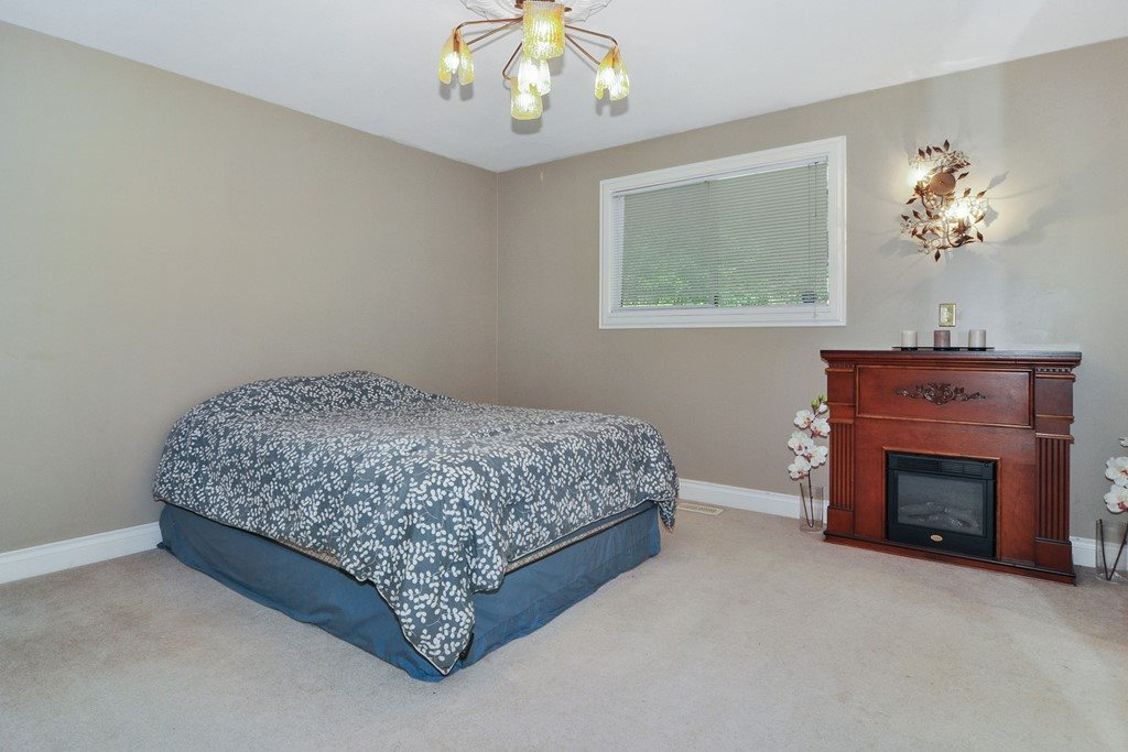 Photo 10: 1465 BLACKWATER Place in Coquitlam: Westwood Plateau House for sale : MLS(r) # R2188109