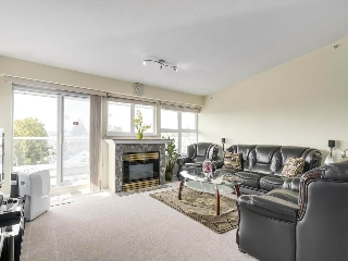 "Main Photo: 405 2965 HORLEY Street in Vancouver: Collingwood VE Condo for sale in ""CHERRY HILL"" (Vancouver East)  : MLS® # R2196474"