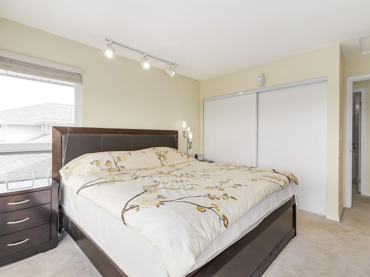 "Photo 11: 405 2965 HORLEY Street in Vancouver: Collingwood VE Condo for sale in ""CHERRY HILL"" (Vancouver East)  : MLS® # R2196474"