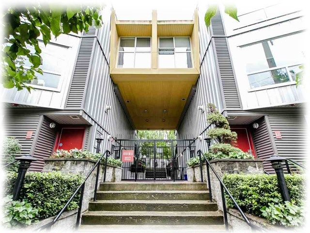 "Main Photo: 116 672 W 6TH Avenue in Vancouver: Fairview VW Condo for sale in ""BOHEMIA"" (Vancouver West)  : MLS®# R2221756"