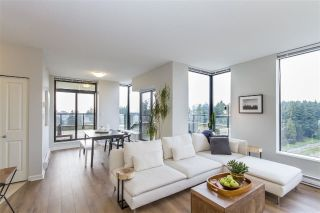 "Main Photo: 2101 15 E ROYAL Avenue in New Westminster: Fraserview NW Condo for sale in ""VICTORIA HILL"" : MLS® # R2226626"