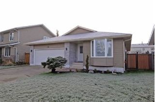 Main Photo: 11 Gariepy Crescent in Edmonton: Zone 20 House for sale : MLS®# E4094378