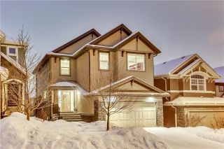Main Photo: 158 ASPEN HILLS Way SW in Calgary: Aspen Woods House for sale : MLS® # C4165285