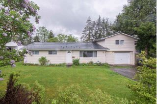Main Photo: 27080 29 Avenue in Langley: Aldergrove Langley House for sale : MLS®# R2266785