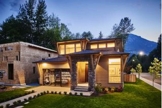 "Main Photo: 39200 CARDINAL Drive in Squamish: Brennan Center House for sale in ""Ravenswood"" : MLS®# R2298842"