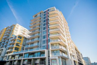 Main Photo: 602 8628 HAZELBRIDGE Way in Richmond: West Cambie Condo for sale : MLS®# R2313533
