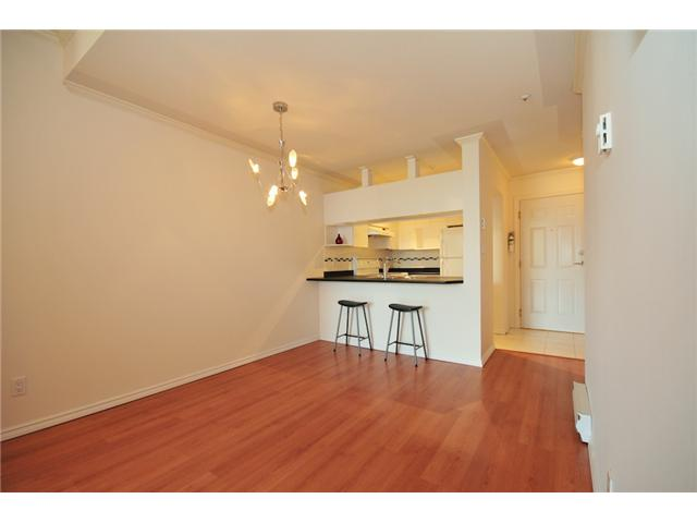 Photo 6: 411 3638 W BROADWAY Street in Vancouver: Kitsilano Condo for sale (Vancouver West)  : MLS(r) # V915805