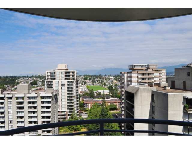 "Main Photo: # 1702 739 PRINCESS ST in New Westminster: Uptown NW Condo for sale in ""BERKLEY PLACE"" : MLS(r) # V967461"