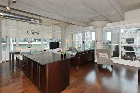 Photo 3: 66 Portland St Unit #602 in Toronto: Waterfront Communities C1 Condo for sale (Toronto C01)  : MLS(r) # C2694416