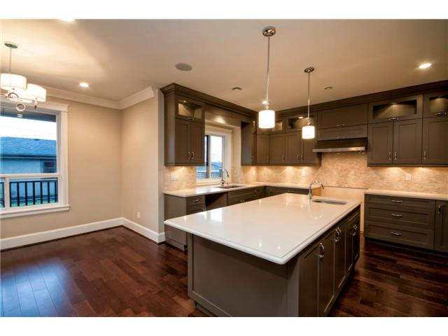 Photo 8: 325 W 17TH Street in North Vancouver: Central Lonsdale House for sale : MLS(r) # V1039261