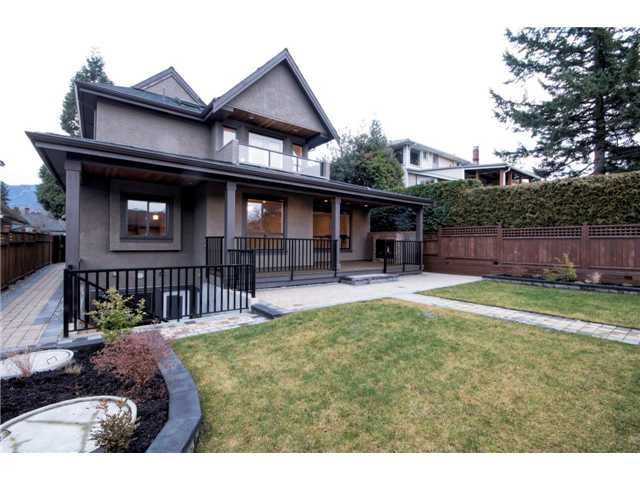 Photo 20: 325 W 17TH Street in North Vancouver: Central Lonsdale House for sale : MLS® # V1039261