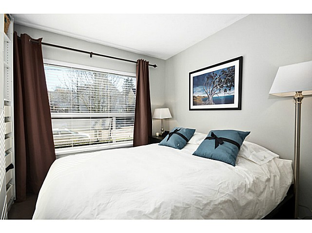 "Photo 9: 3171 W 4TH Avenue in Vancouver: Kitsilano Townhouse for sale in ""BRIDEWATER"" (Vancouver West)  : MLS® # V1052354"