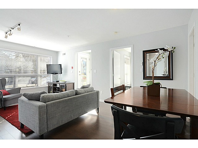 "Photo 5: 3171 W 4TH Avenue in Vancouver: Kitsilano Townhouse for sale in ""BRIDEWATER"" (Vancouver West)  : MLS® # V1052354"