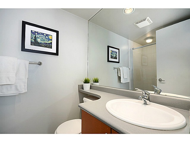 "Photo 12: 3171 W 4TH Avenue in Vancouver: Kitsilano Townhouse for sale in ""BRIDEWATER"" (Vancouver West)  : MLS® # V1052354"