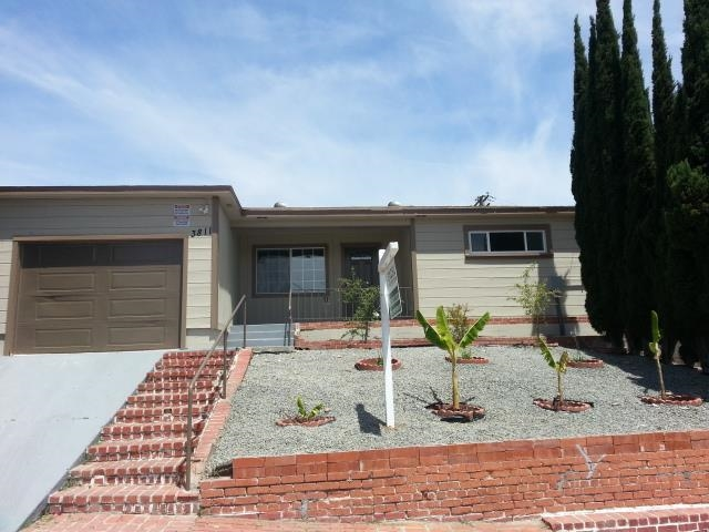 Main Photo: CITY HEIGHTS House for sale : 4 bedrooms : 3811 Winona Ave in San Diego