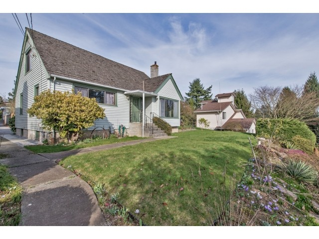 Main Photo: 32969 BEST Avenue in Mission: Mission BC House for sale : MLS® # F1433771