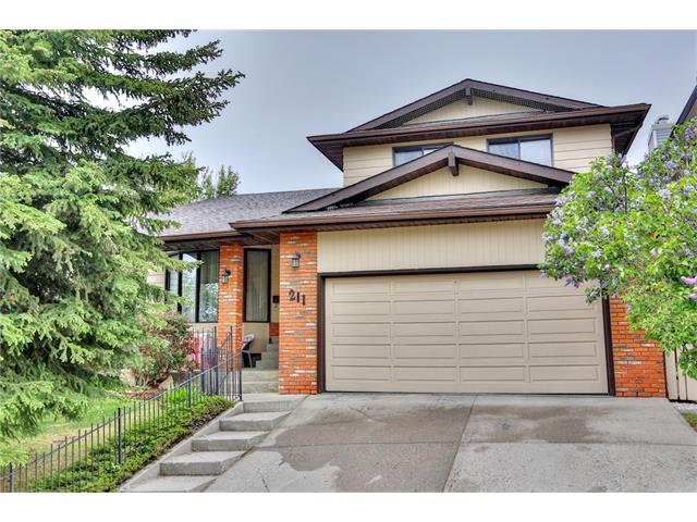 Main Photo: 211 EDGEDALE Drive NW in Calgary: Edgemont House for sale : MLS® # C4030494