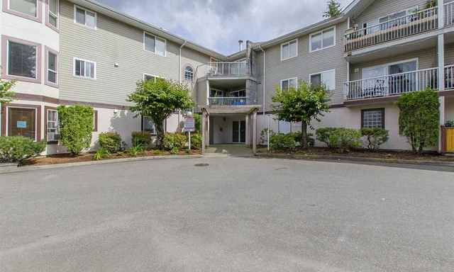 "Main Photo: 303 45222 WATSON Road in Sardis: Vedder S Watson-Promontory Condo for sale in ""Westwind"" : MLS(r) # R2094834"