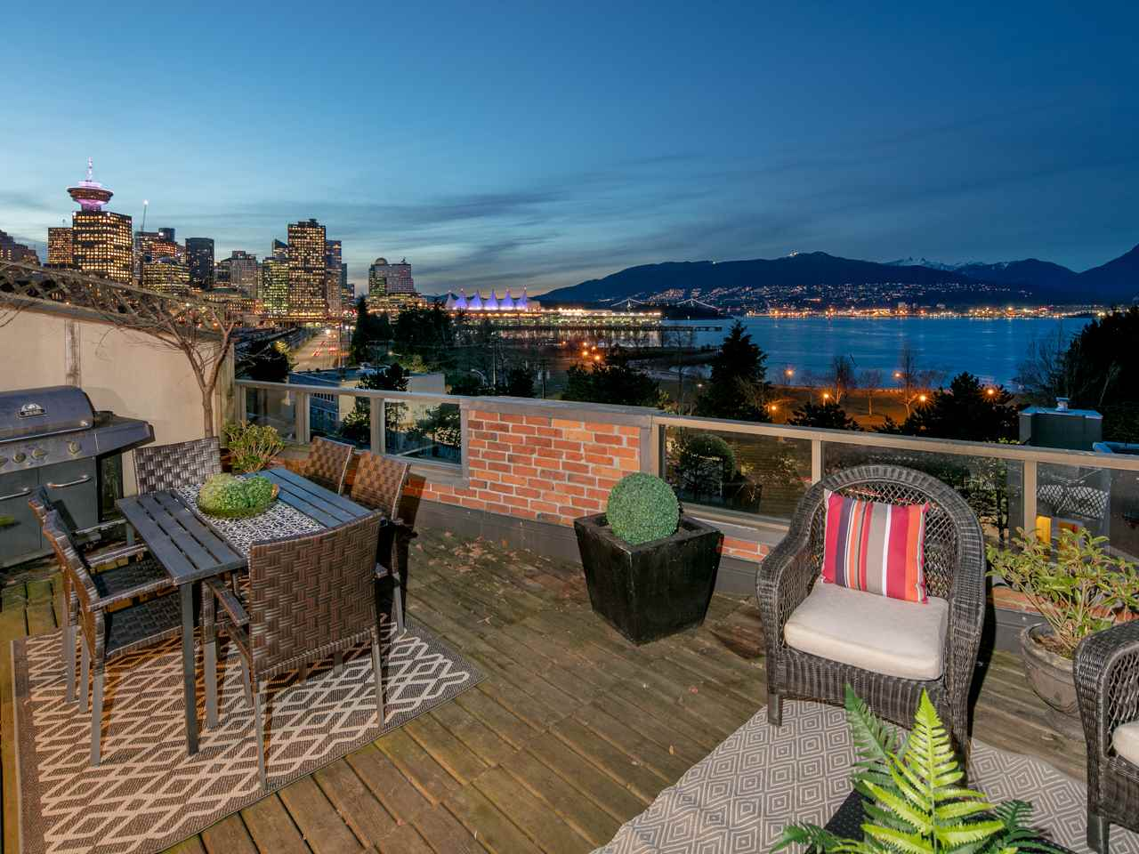 "Main Photo: 501 150 ALEXANDER Street in Vancouver: Downtown VE Condo for sale in ""Mission House"" (Vancouver East)  : MLS(r) # R2136952"