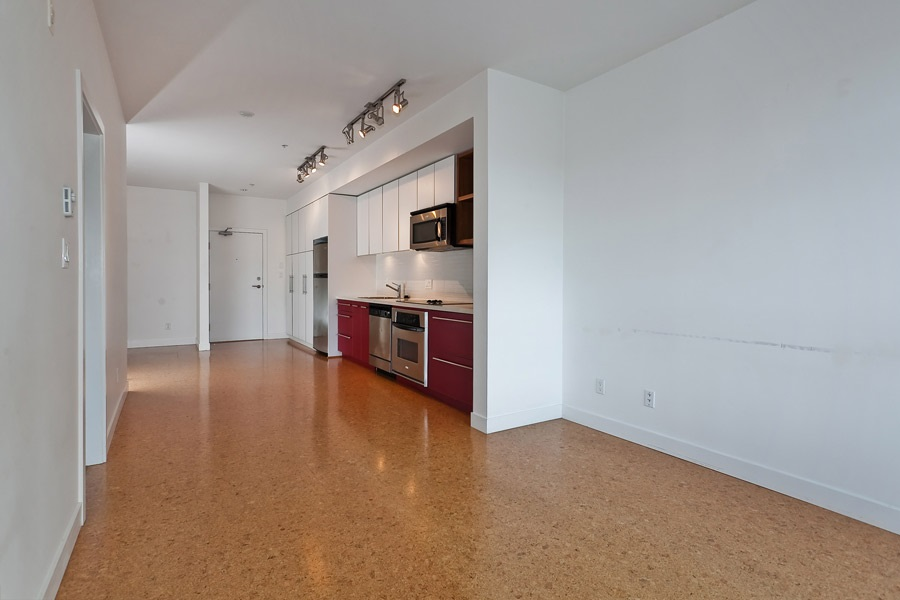 "Photo 6: 202 2828 MAIN Street in Vancouver: Mount Pleasant VE Condo for sale in ""DOMAIN"" (Vancouver East)  : MLS® # R2144613"