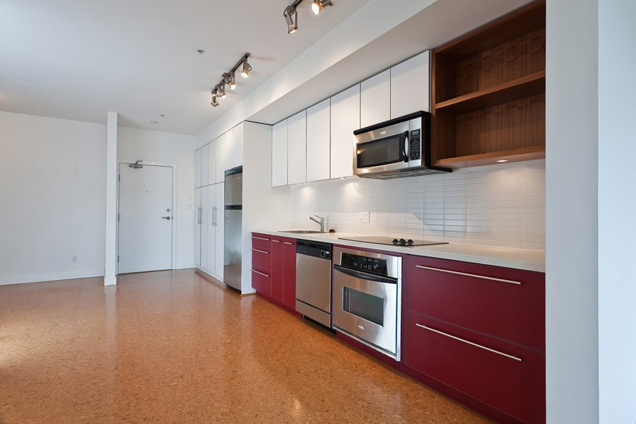 "Photo 7: 202 2828 MAIN Street in Vancouver: Mount Pleasant VE Condo for sale in ""DOMAIN"" (Vancouver East)  : MLS® # R2144613"