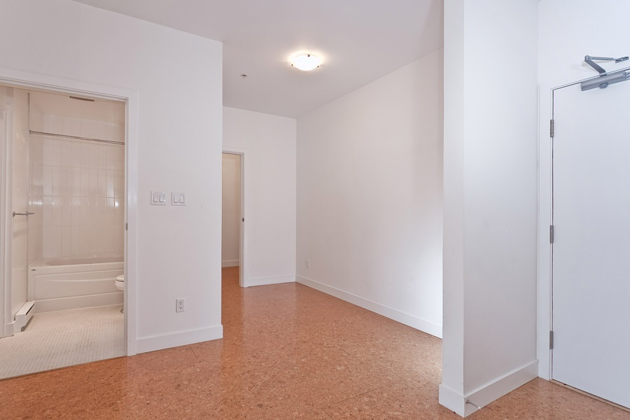 "Photo 15: 202 2828 MAIN Street in Vancouver: Mount Pleasant VE Condo for sale in ""DOMAIN"" (Vancouver East)  : MLS® # R2144613"