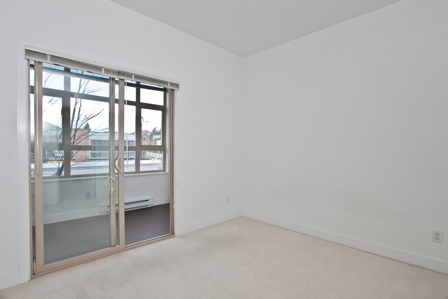 "Photo 10: 202 2828 MAIN Street in Vancouver: Mount Pleasant VE Condo for sale in ""DOMAIN"" (Vancouver East)  : MLS® # R2144613"
