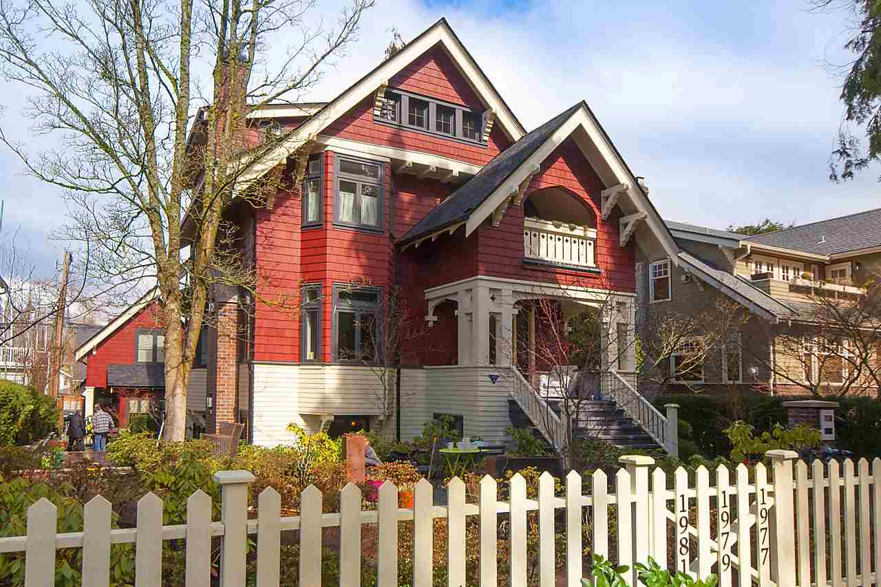 Main Photo: 1977 W 15TH Avenue in Vancouver: Kitsilano Townhouse for sale (Vancouver West)  : MLS(r) # R2147339