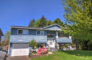 Main Photo: 19751 54A Avenue in Langley: Langley City House for sale : MLS(r) # R2169532