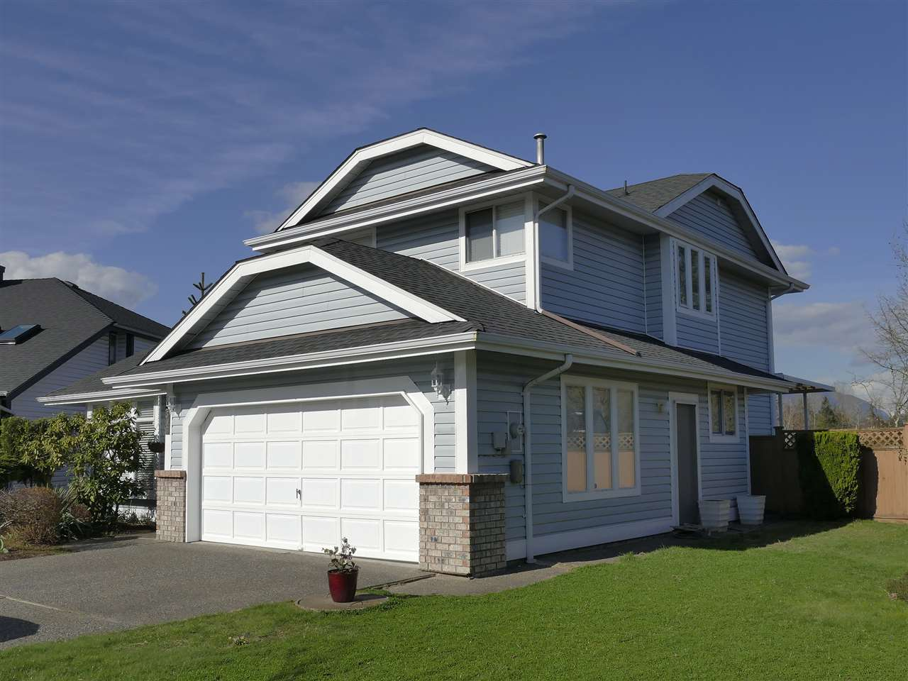 Photo 2: 2535 COLONIAL Drive in Port Coquitlam: Citadel PQ House for sale : MLS® # R2174757