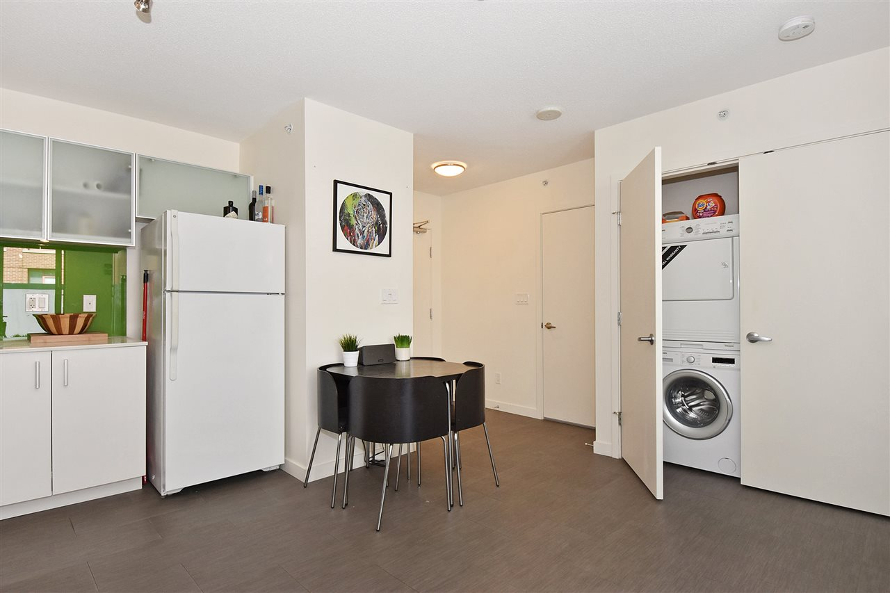 "Photo 6: 510 66 W CORDOVA Street in Vancouver: Downtown VW Condo for sale in ""66 W CORDOVA"" (Vancouver West)  : MLS(r) # R2178972"