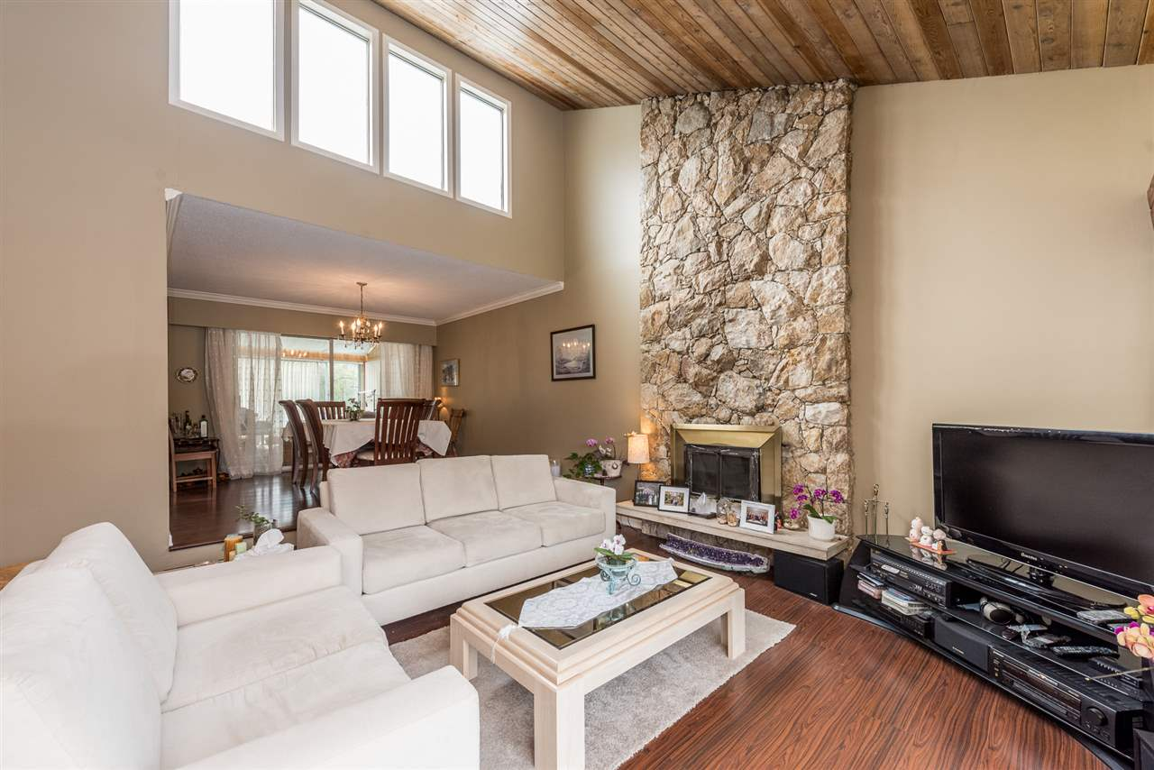 Photo 5: 3226 E 62ND Avenue in Vancouver: Champlain Heights House for sale (Vancouver East)  : MLS(r) # R2183412