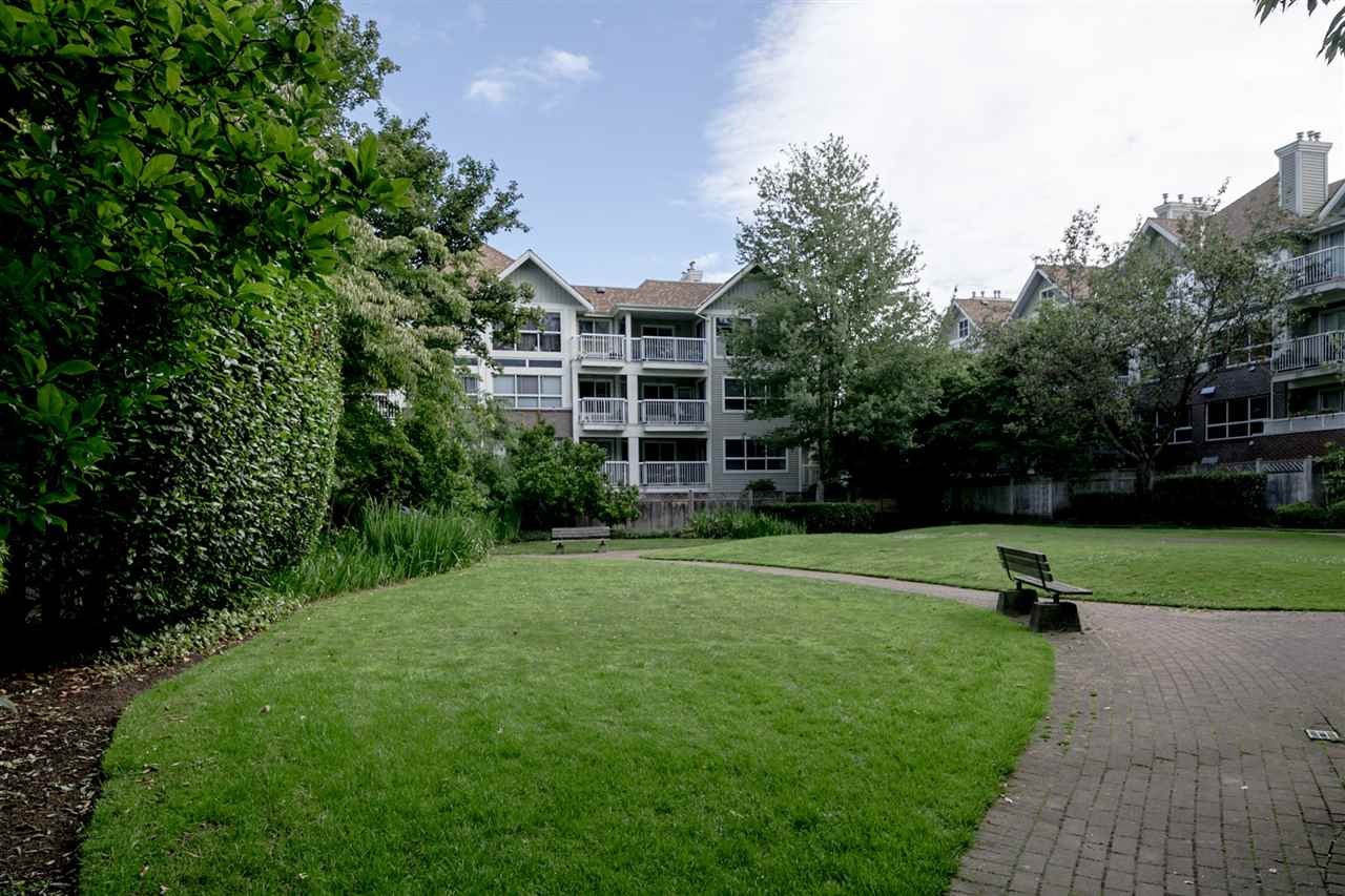 "Photo 18: 419 9626 148 Street in Surrey: Guildford Condo for sale in ""Hartfords Woods"" (North Surrey)  : MLS(r) # R2187863"