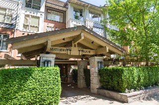 "Main Photo: 315 4883 MACLURE Mews in Vancouver: Quilchena Condo for sale in ""MATTHEWS HOUSE by Polygon"" (Vancouver West)  : MLS® # R2192150"