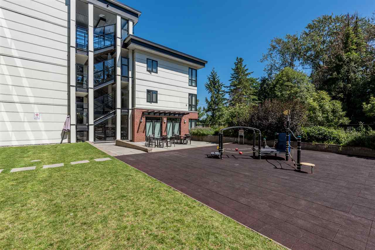"Photo 19: 105 14358 60 Avenue in Surrey: Sullivan Station Condo for sale in ""Lattitude"" : MLS® # R2193727"