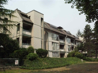 "Main Photo: 106 2925 GLEN Drive in Coquitlam: North Coquitlam Condo for sale in ""GLENBOROUGH"" : MLS® # R2195122"