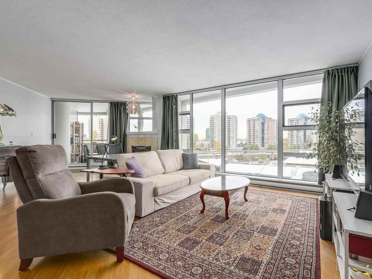 Main Photo: 404 98 TENTH Street in New Westminster: Downtown NW Condo for sale : MLS®# R2220278