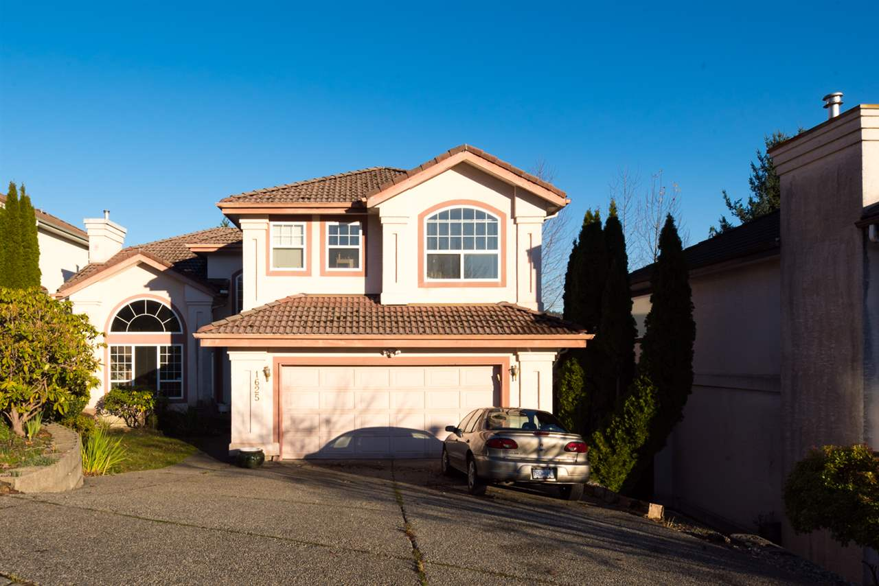 Main Photo: 1625 PINETREE Way in Coquitlam: Westwood Plateau House for sale : MLS® # R2227047